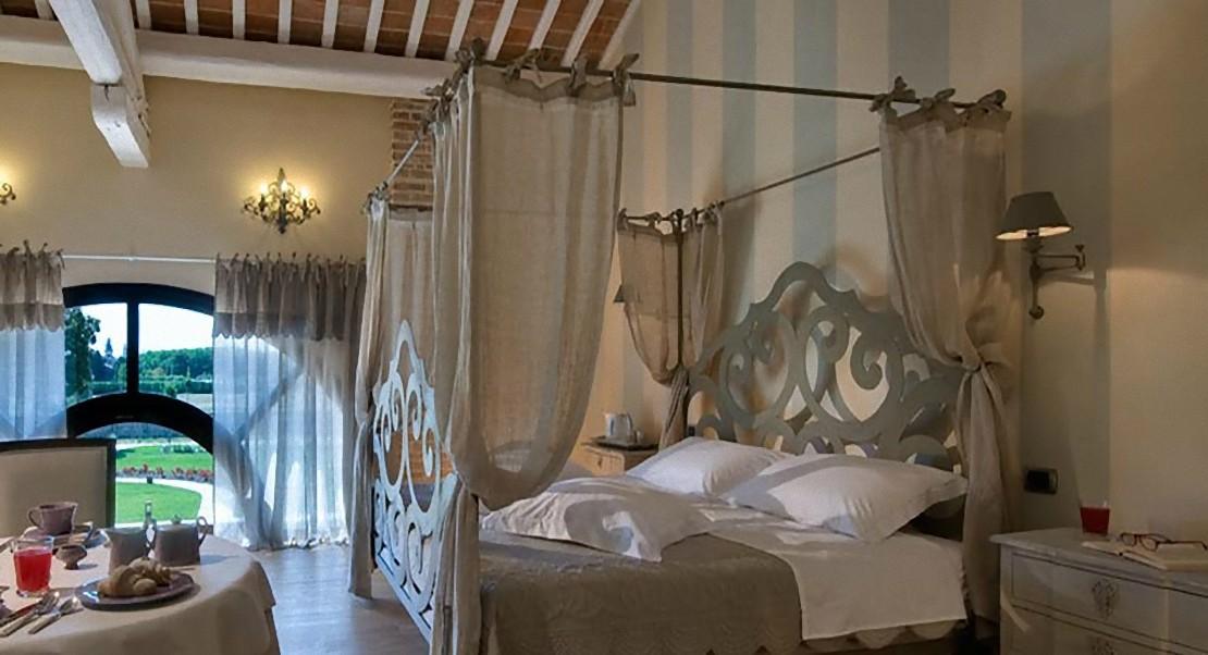 Arredare la camera da letto minimal classica o moderna - Camera da letto stile classico ...